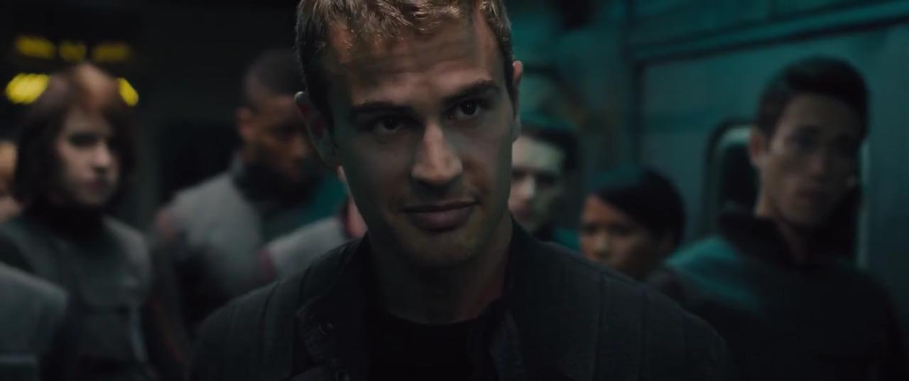 تماشای آنلاین فیلم سنت شکن Divergent 2014 با دوبله فارسی
