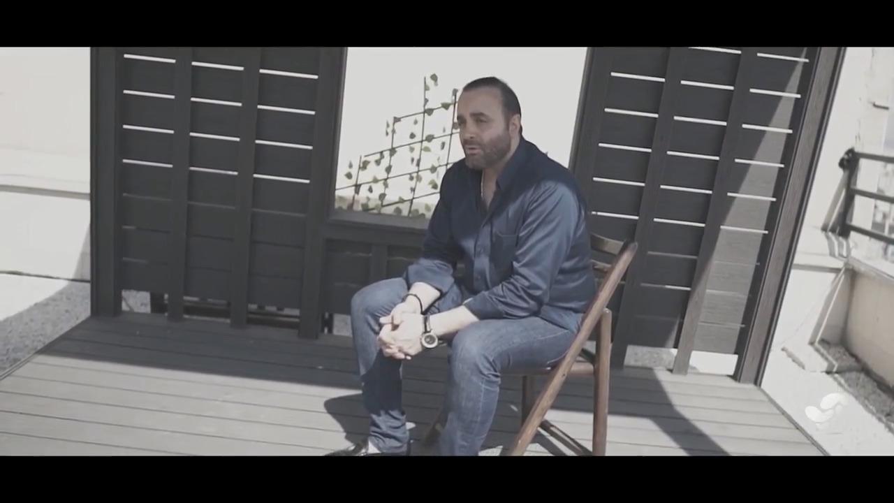 دانلود موزیک ویدئو جدید سینا سرلک به نام چشمای آبی