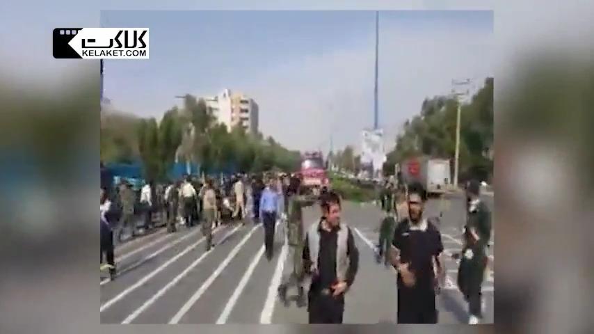 نخستین تصاویر از حمله تروریستی به رژه نیروهای مسلح در اهواز