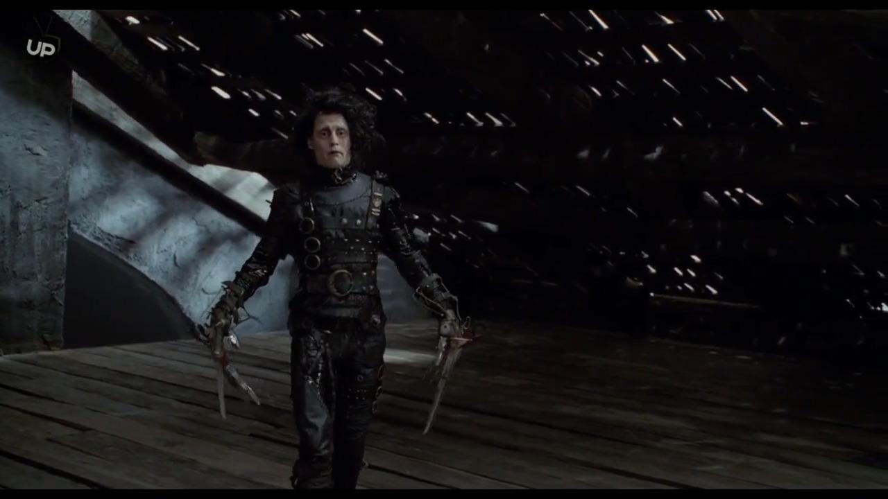 تماشای آنلاین فیلم ادوارد دست قیچی با دوبله فارسی