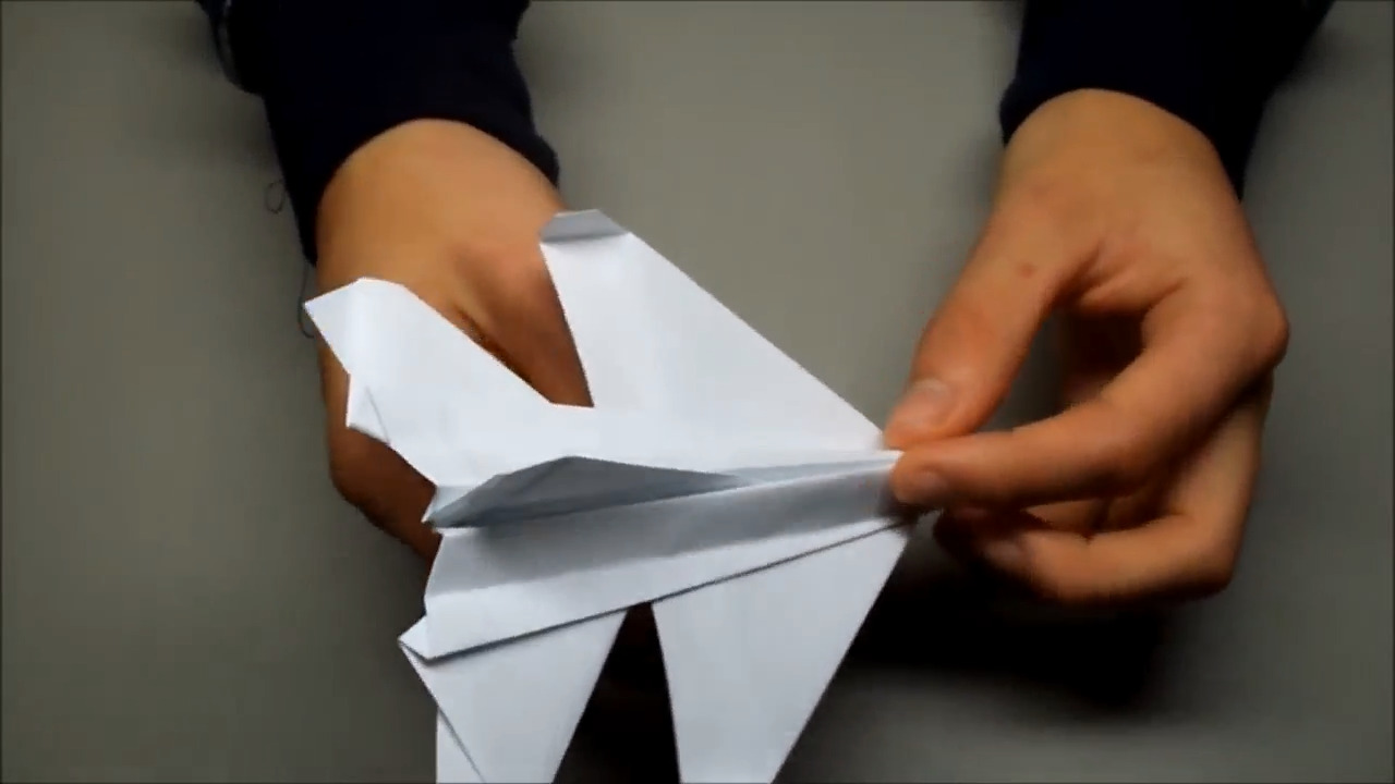 آموزش ساخت موشک کاغذی حرفه ای