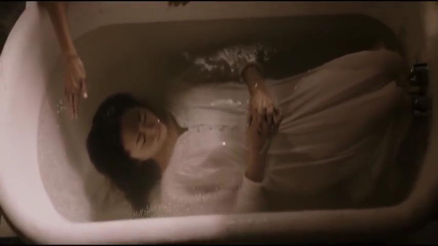 تماشای آنلاین فیلم سرگردان Stray 2019 با دوبله فارسی